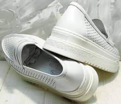 Модные туфли кроссовки белые женские кожаные Derem 372-17 All White.