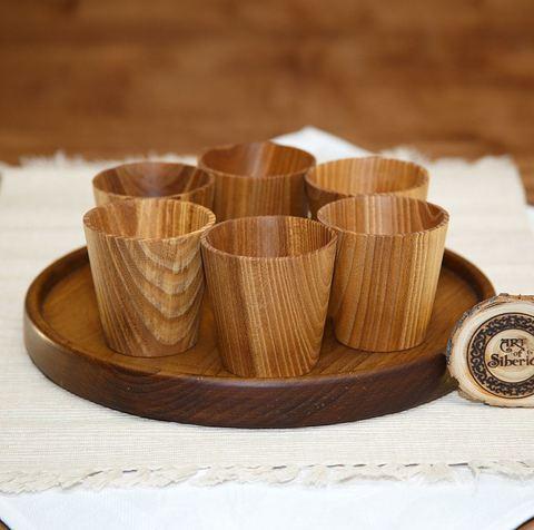 Набор рюмок из дерева с подносом  «Сибирский кедр»