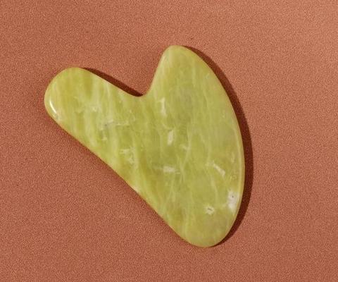 Скребок для массажа Гуаша в форме сердца, нефрит