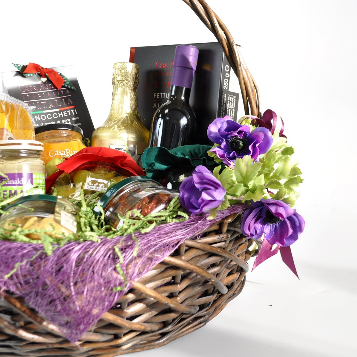 Подарочная корзина Casa Rinaldi с набором продуктов Dolce Anna