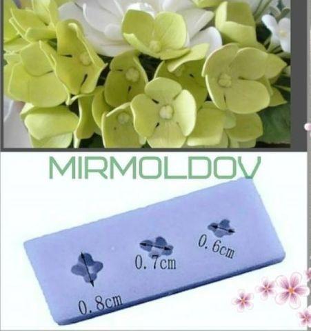 Силиконовый молд Серединки маленьких цветочков    и сирень  3 в 1