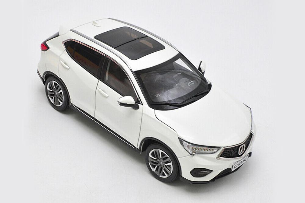 Коллекционная модель ACURA CDX 2019 WHITE