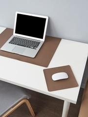 Комплект ковриков на стол, цвет коричневый