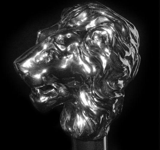 Pasotti (серебряный лев)