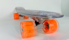 Скейтборд прозрачный с подсветкой.