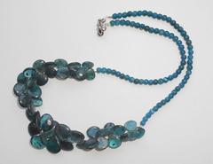 Ожерелье из сине-зелёного кианита, 49 см