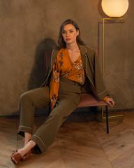 Жакет в пижамном стиле