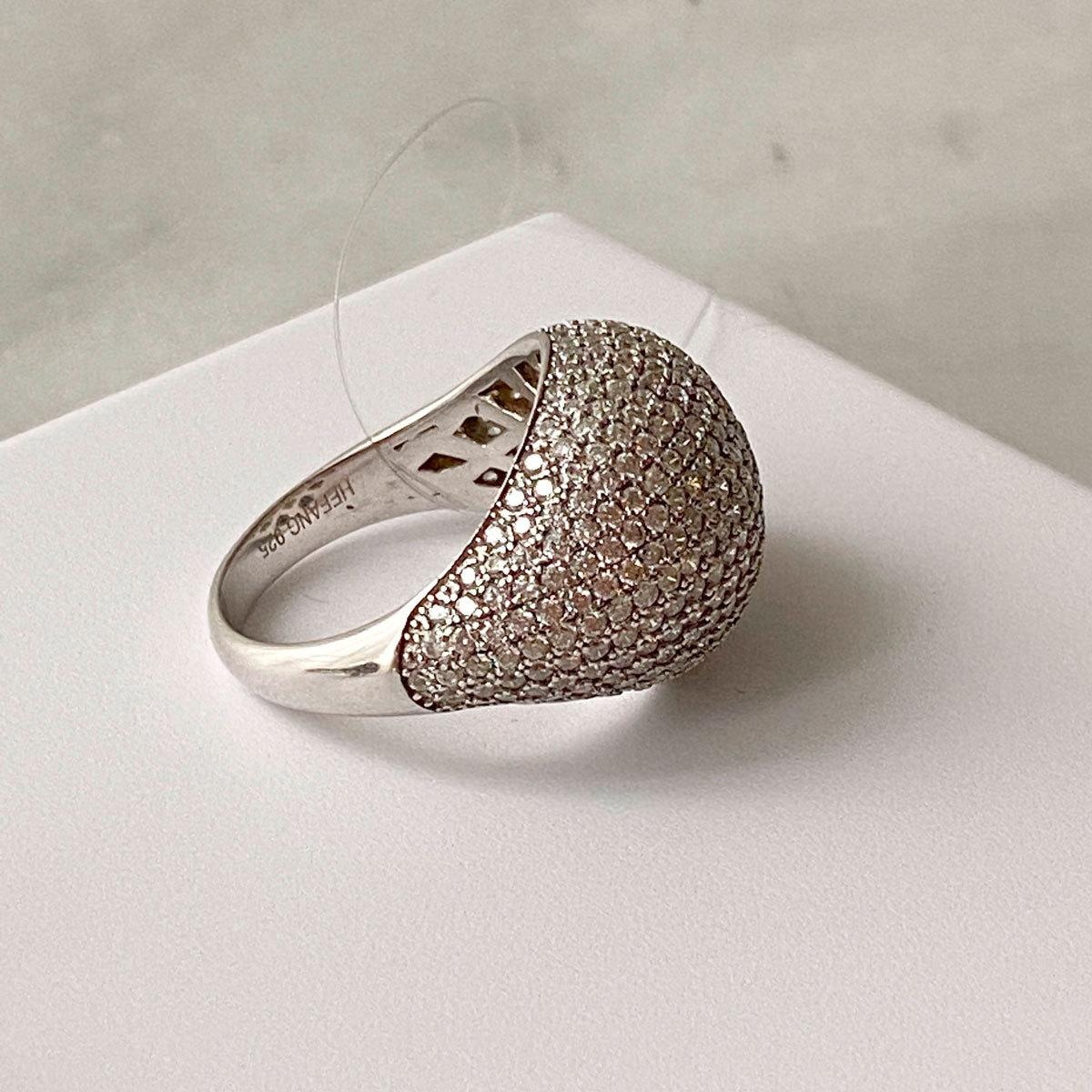 Кольцо с объемным пале (цирконы, серебро 925)