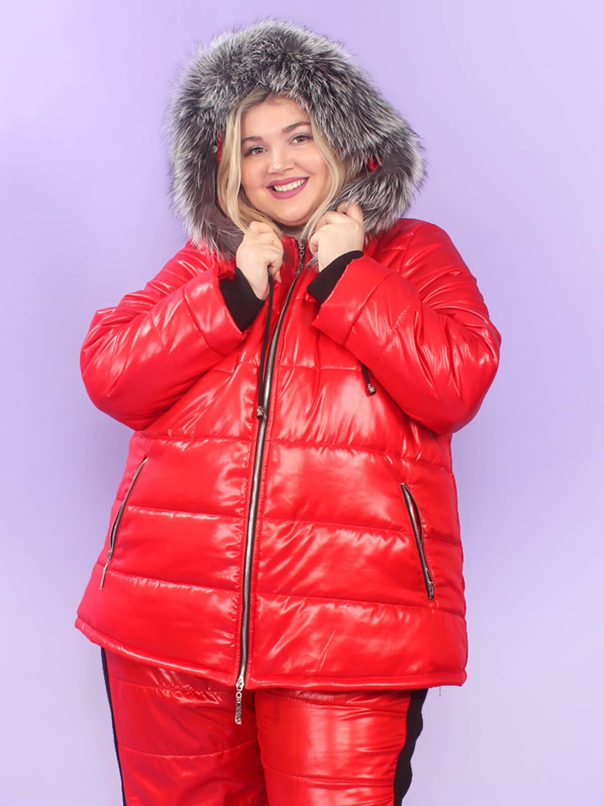 Красная женская зимняя куртка 74 размера