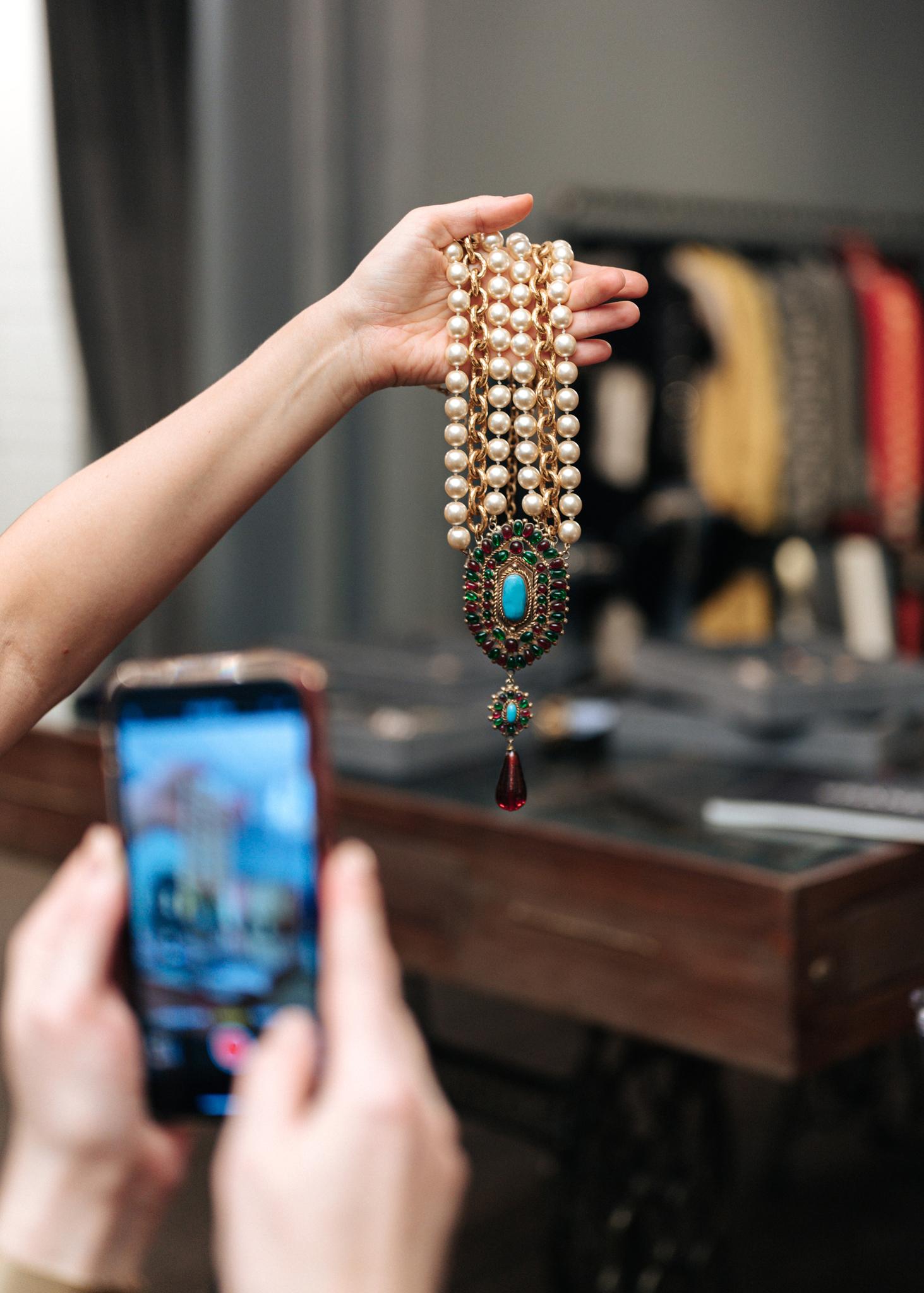 Колье Chanel с жемчугом и  стеклом Gripoix 1971-1981 гг.