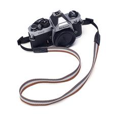 Узкий ремень для фотоаппаратов SHETU SLIM (LATVIA)
