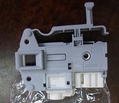 Блокировка люка стиральной машины Ariston, Indesit 254755