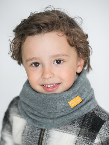 Детский снуд-горловинка из турецкой шерсти темно-серый