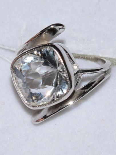 Горный хрусталь 640  (кольцо из серебра)