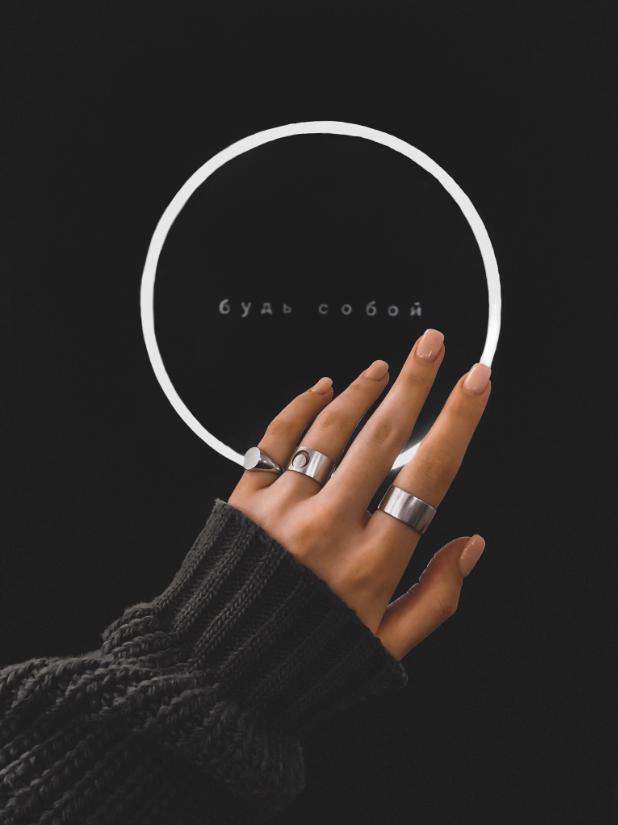 Серебряное кольцо печатка на мизинец