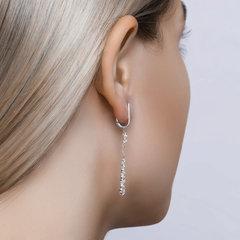 94020517 - Серьги длинные из серебра с фианитами