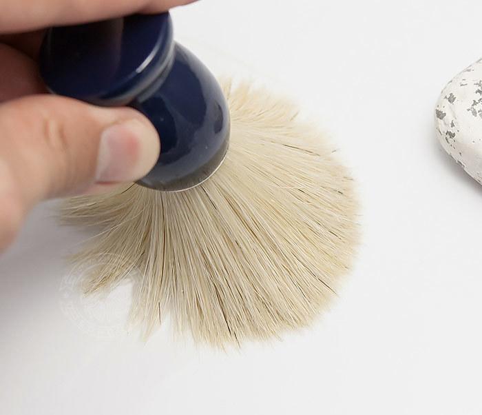 RAZ302-4 Помазок из щетины кабана с деревянной рукояткой синего цвета фото 06