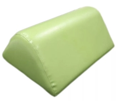 Подушка под колени треугольная