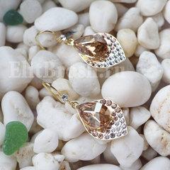 Позолоченные серьги с кристаллами Сваровски в форме листочка