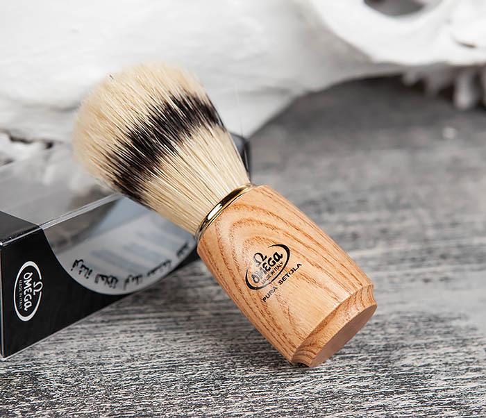 RAZ11150 Помазок из щетины кабана с деревянной ручкой