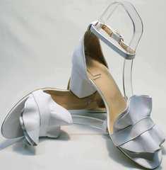 Красивые босоножки на каблуке женские Ari Andano K-0100 White