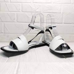 Женские шлепанцы босоножки без каблука Brocoli H1886-9165-S873 White.