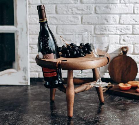 Столик для вина из сибирского кедра
