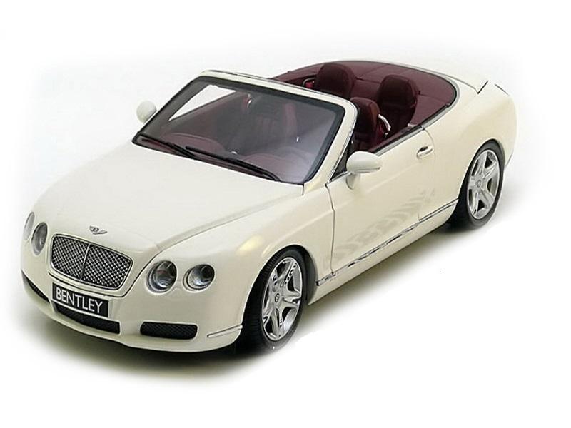 Коллекционная модель Bentley Continental GTC 2006 White