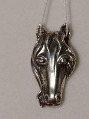 Лошадь (кулон из серебра)