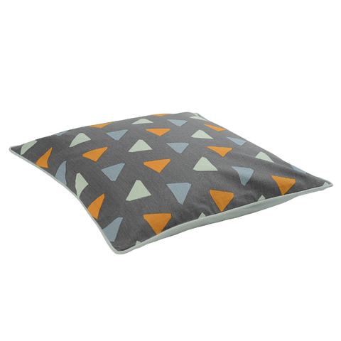 Чехол для подушки с дизайнерским принтом Triangles из коллекции Wild, 45х45 см