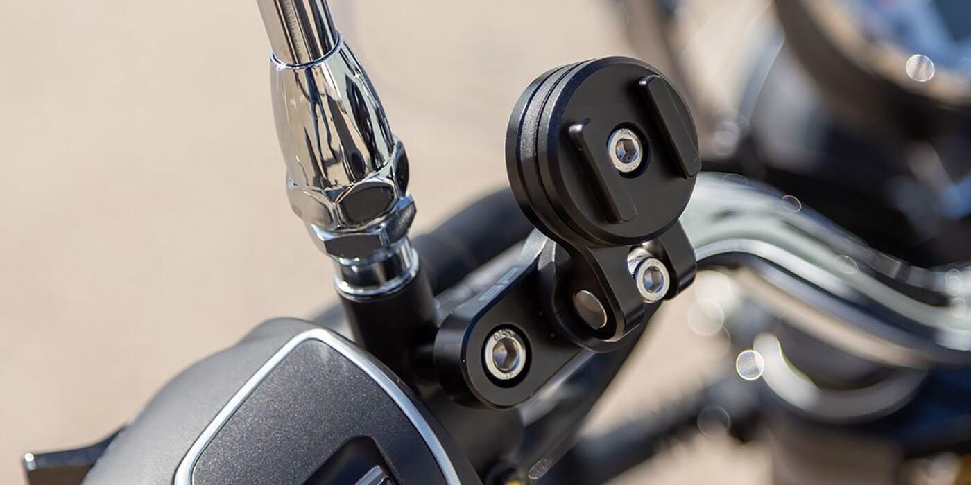 Винтовое поворотное крепление на руль мотоцикла SP Connect Clutch Mount Pro
