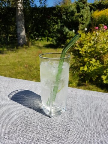 Трубочка стеклянная изогнутая зеленая