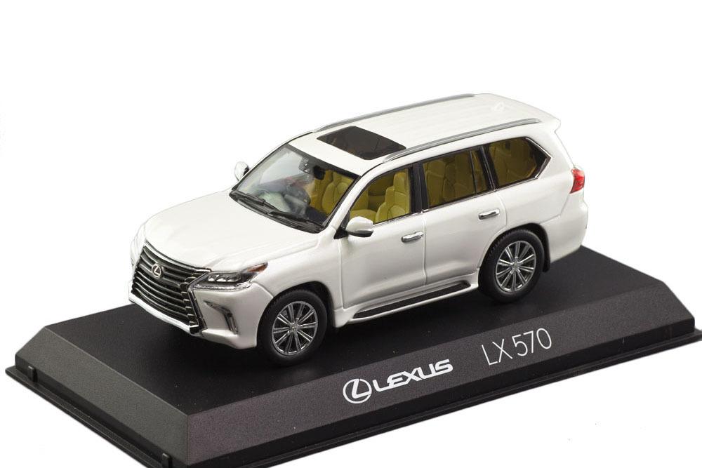 Коллекционная модель LEXUS LX570 2019 WHITE PEARL