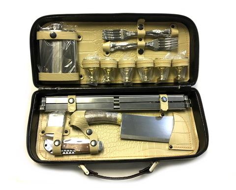 Шашлычный набор с шампурами Дачник-2