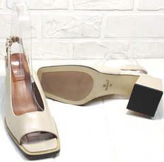 Нарядные босоножки на среднем каблуке Brocoli H150-9137-2234 Cream.