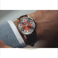 Mustang whatch
