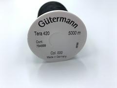 Нитки Gutermann Tera №420 черные (000)