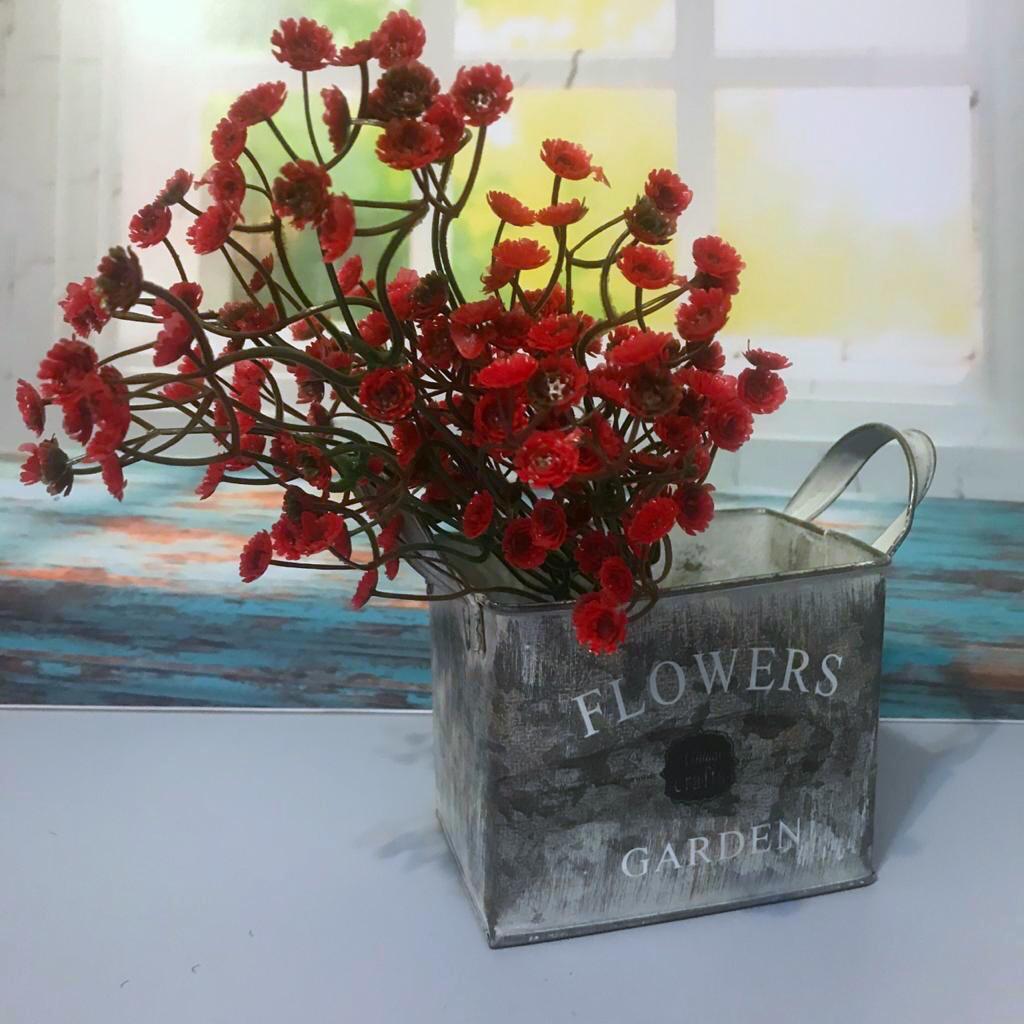 Букет красных цветов