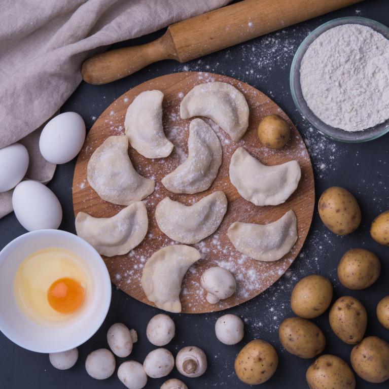Фотография Вареники с картофелем и грибами / 500 г купить в магазине Афлора