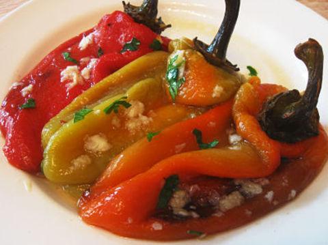 Перец болгарский фаршированный чесночком