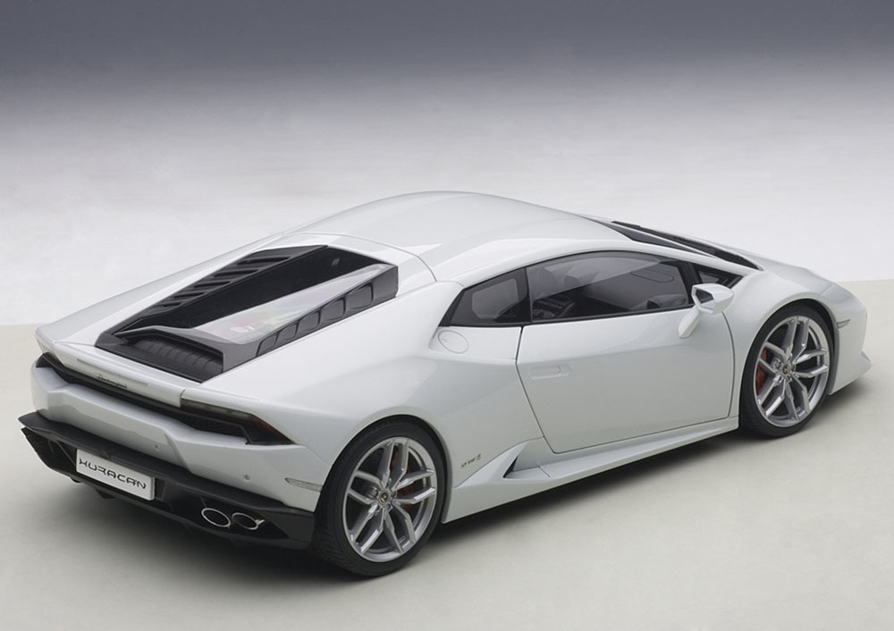 Коллекционная модель Lamborghini Huracan LP610-4 2014 Bianco Icarus/White Metallic