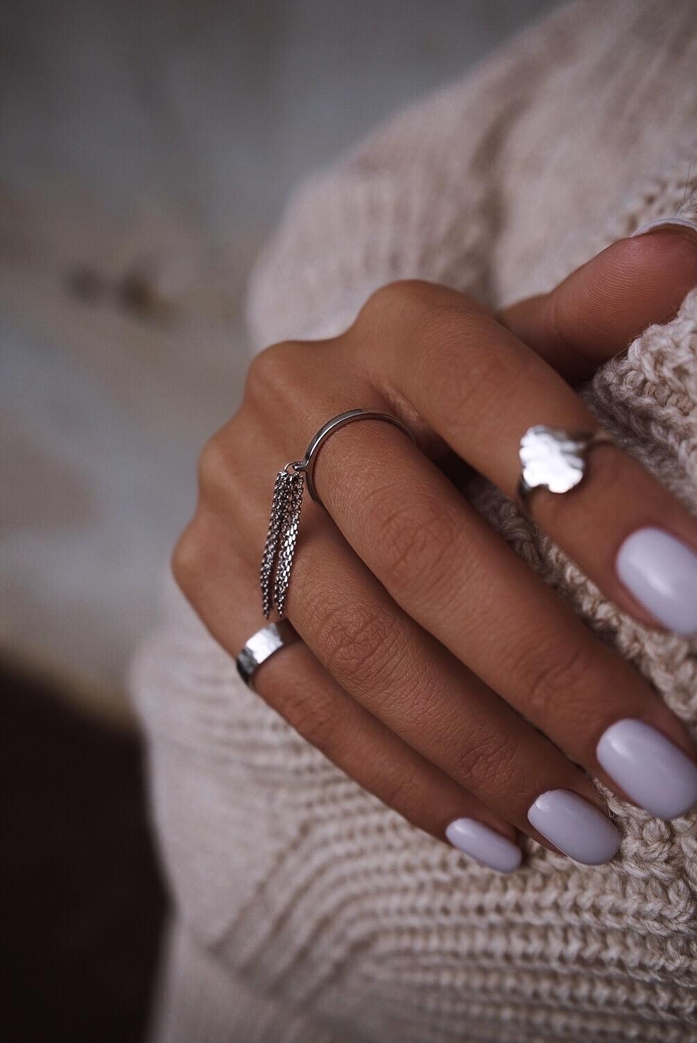 Серебряное кольцо узкое с кистью