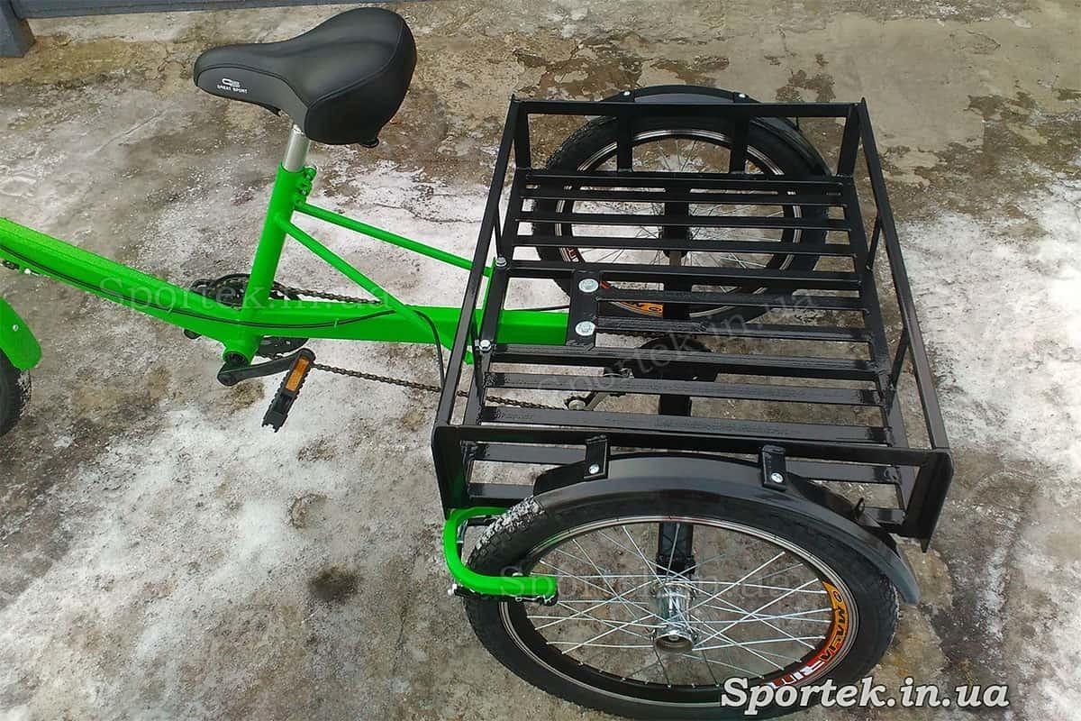 Платформа і сідло на триколісному вантажному велосипеді 'Пекін'