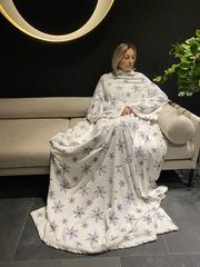 Плед с рукавами Gekoko Premium «Снежная Королева» 1