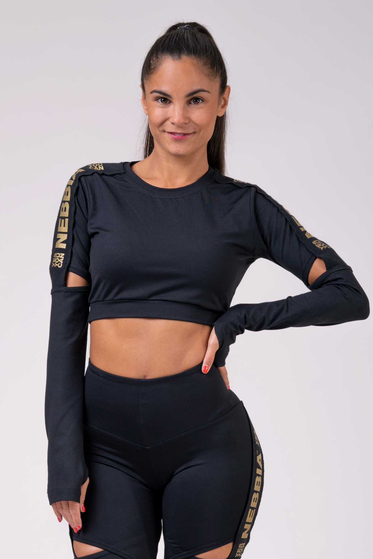Женский топ Nebbia с рукавами Honey Bunny crop top 821 black