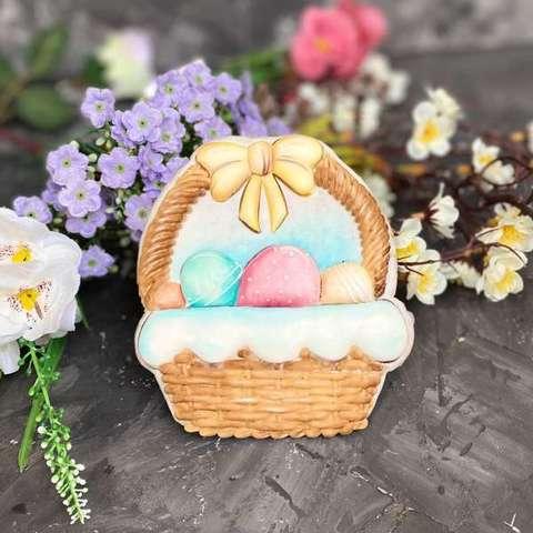 Корзина с яйцами №2