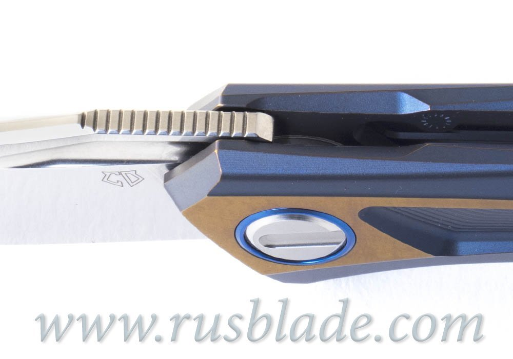 Shirogorov Quantum Blue Custom Division - фотография
