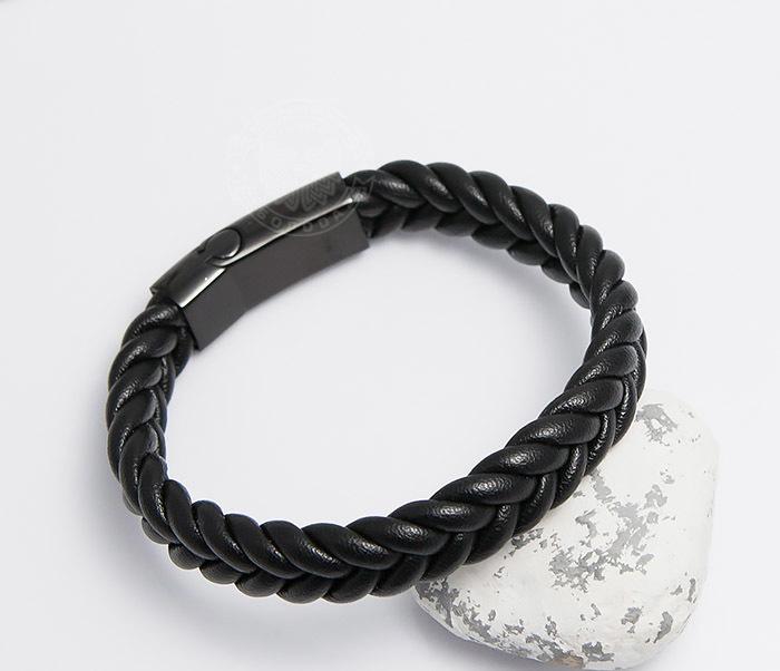 BM472-1 Мужской плетеный браслет черного цвета (20 см)