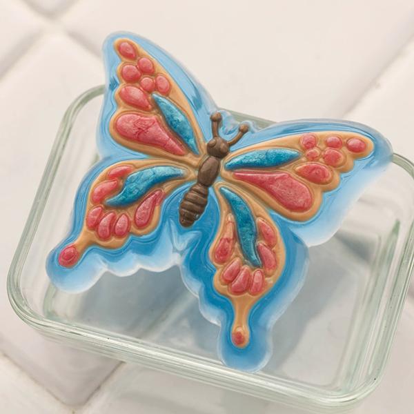 Мыло в форме бабочки. Пластиковая форма
