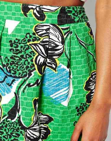 Мини-юбка с принтом и складками спереди River Island